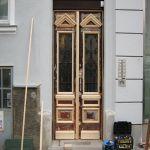 2_Haustor_während_Reparatur